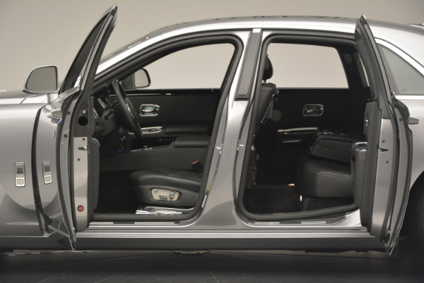 Used 2012 Rolls-Royce Ghost for sale Sold at Alfa Romeo of Greenwich in Greenwich CT 06830 4