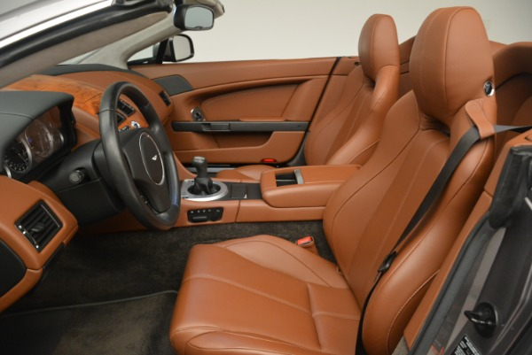 Used 2015 Aston Martin V8 Vantage Roadster for sale Sold at Alfa Romeo of Greenwich in Greenwich CT 06830 19