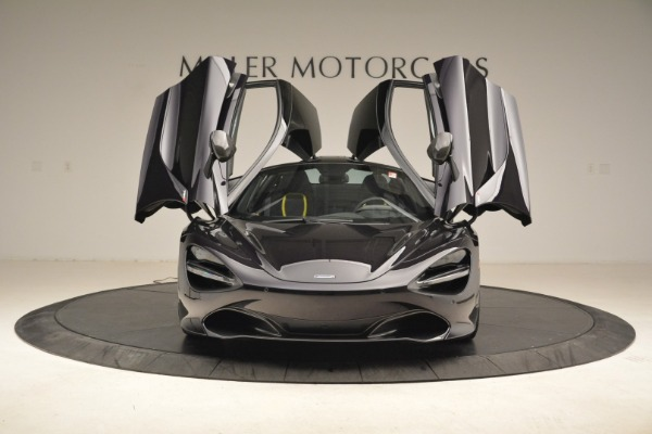 Used 2018 McLaren 720S Coupe for sale Sold at Alfa Romeo of Greenwich in Greenwich CT 06830 13