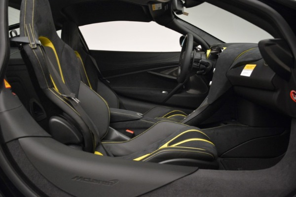 Used 2018 McLaren 720S Coupe for sale Sold at Alfa Romeo of Greenwich in Greenwich CT 06830 19