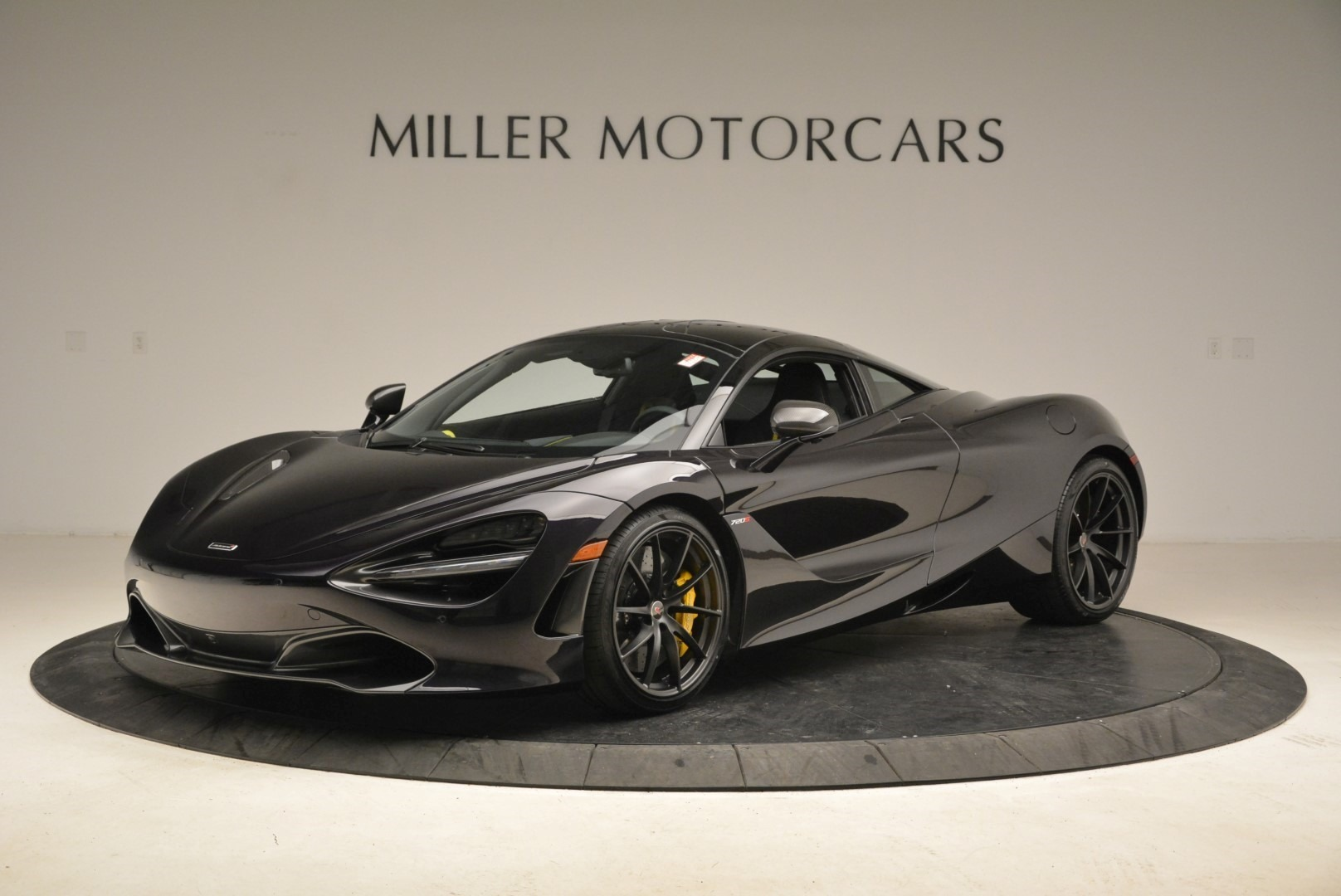 Used 2018 McLaren 720S Coupe for sale Sold at Alfa Romeo of Greenwich in Greenwich CT 06830 1