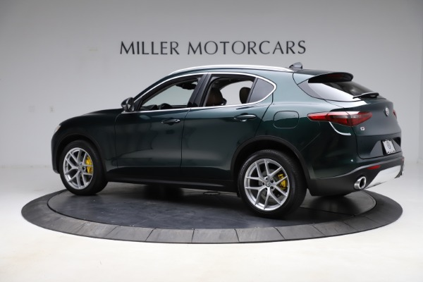 Used 2018 Alfa Romeo Stelvio Ti Q4 for sale $32,900 at Alfa Romeo of Greenwich in Greenwich CT 06830 4