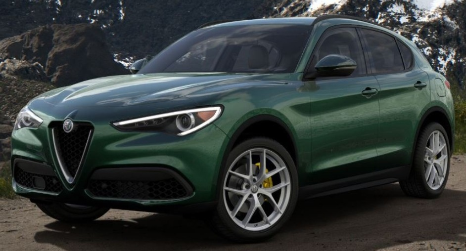 New 2018 Alfa Romeo Stelvio Ti Lusso Q4 for sale Sold at Alfa Romeo of Greenwich in Greenwich CT 06830 1