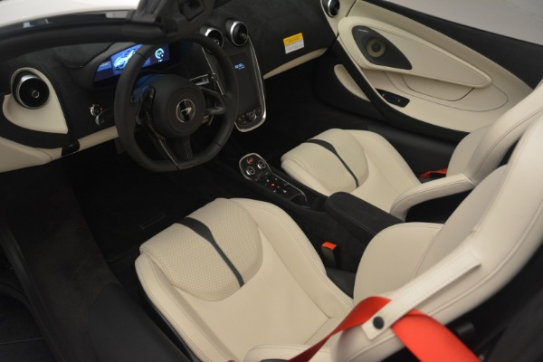 New 2019 McLaren 570S Spider Convertible for sale Sold at Alfa Romeo of Greenwich in Greenwich CT 06830 23