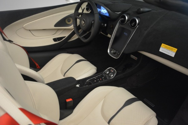 New 2019 McLaren 570S Spider Convertible for sale Sold at Alfa Romeo of Greenwich in Greenwich CT 06830 26