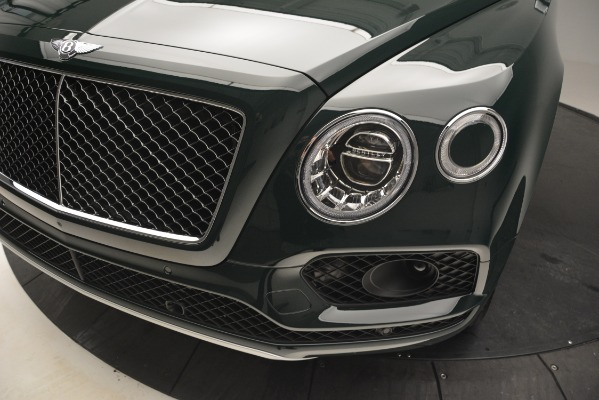 Used 2019 Bentley Bentayga V8 for sale Call for price at Alfa Romeo of Greenwich in Greenwich CT 06830 14