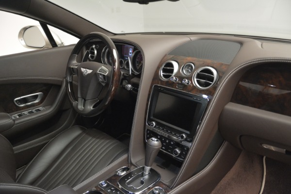Used 2016 Bentley Continental GT W12 for sale $119,900 at Alfa Romeo of Greenwich in Greenwich CT 06830 26