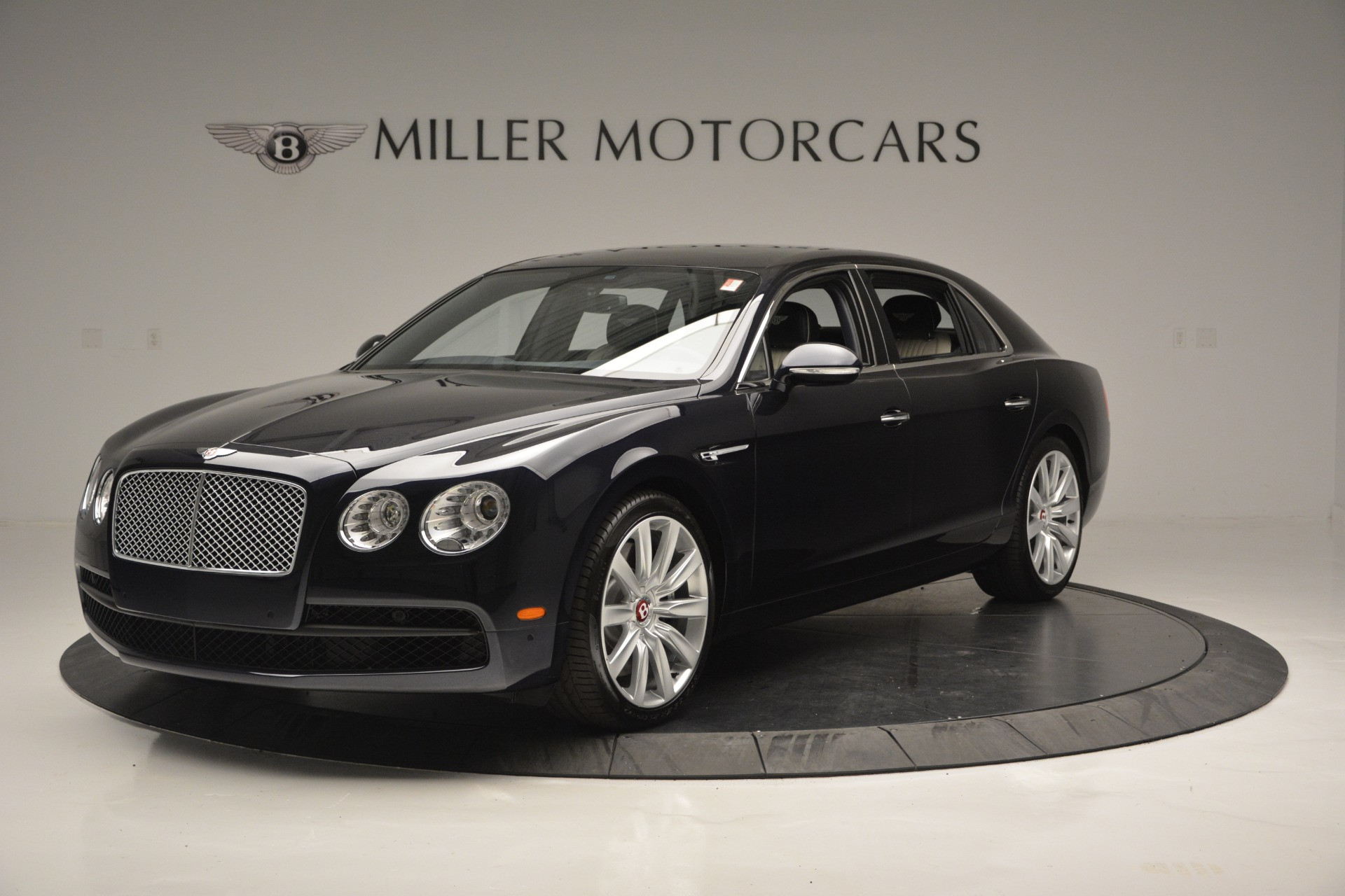 New 2018 Bentley Flying Spur V8 for sale Sold at Alfa Romeo of Greenwich in Greenwich CT 06830 1