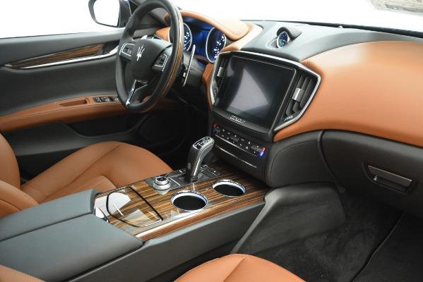 Used 2019 Maserati Ghibli S Q4 for sale Sold at Alfa Romeo of Greenwich in Greenwich CT 06830 17