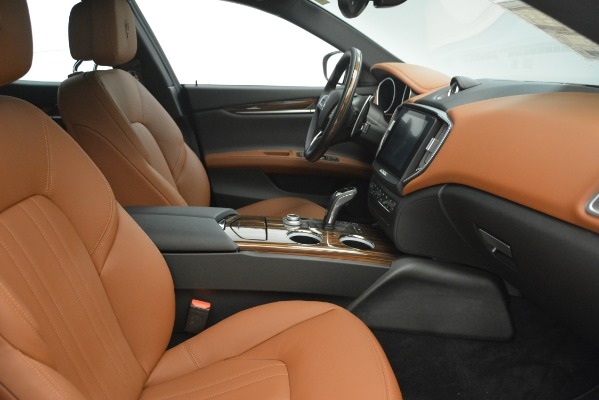 Used 2019 Maserati Ghibli S Q4 for sale Sold at Alfa Romeo of Greenwich in Greenwich CT 06830 18