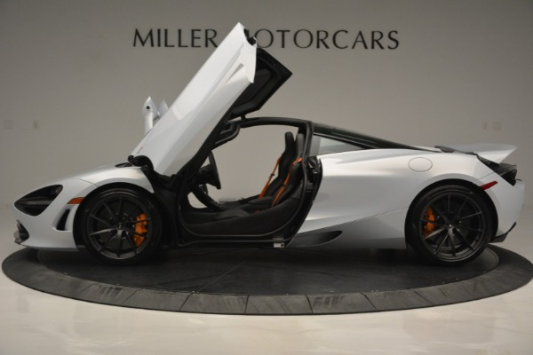New 2019 McLaren 720S Coupe for sale $344,340 at Alfa Romeo of Greenwich in Greenwich CT 06830 16