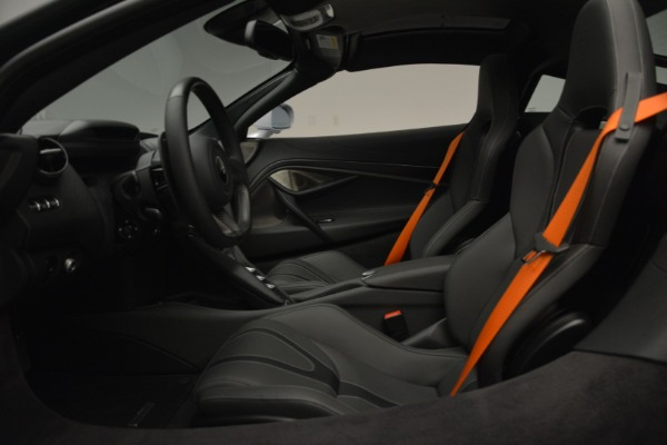 New 2019 McLaren 720S Coupe for sale $344,340 at Alfa Romeo of Greenwich in Greenwich CT 06830 19