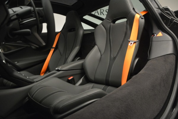 New 2019 McLaren 720S Coupe for sale $344,340 at Alfa Romeo of Greenwich in Greenwich CT 06830 20