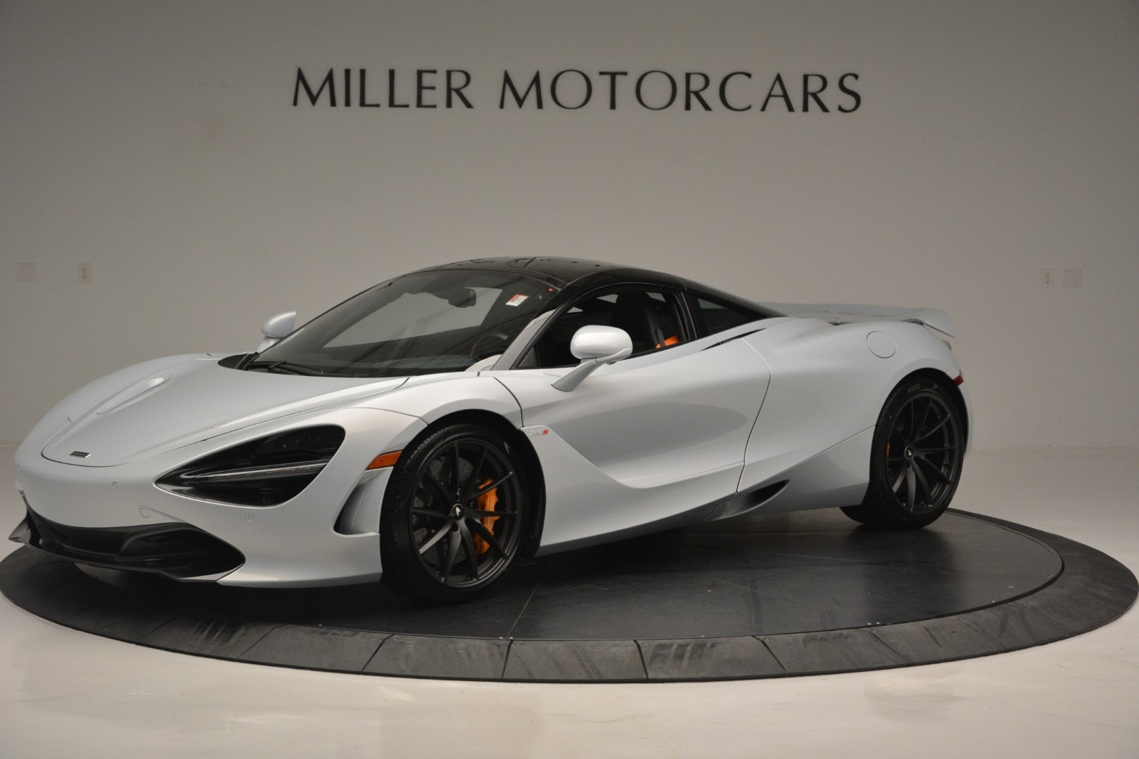 New 2019 McLaren 720S Coupe for sale $344,340 at Alfa Romeo of Greenwich in Greenwich CT 06830 1