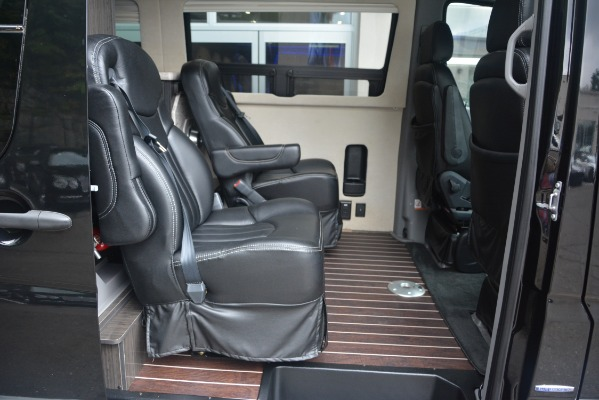 Used 2014 Mercedes-Benz Sprinter 3500 Airstream Lounge Extended for sale Sold at Alfa Romeo of Greenwich in Greenwich CT 06830 12