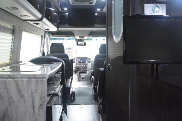 Used 2014 Mercedes-Benz Sprinter 3500 Airstream Lounge Extended for sale Sold at Alfa Romeo of Greenwich in Greenwich CT 06830 22