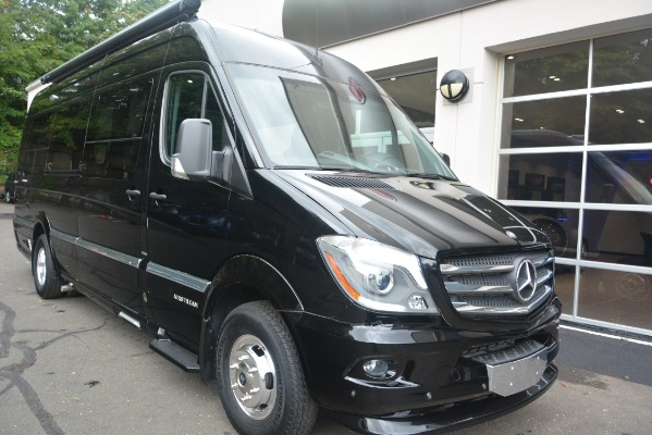 Used 2014 Mercedes-Benz Sprinter 3500 Airstream Lounge Extended for sale Sold at Alfa Romeo of Greenwich in Greenwich CT 06830 7