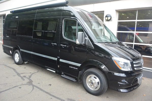 Used 2014 Mercedes-Benz Sprinter 3500 Airstream Lounge Extended for sale Sold at Alfa Romeo of Greenwich in Greenwich CT 06830 8
