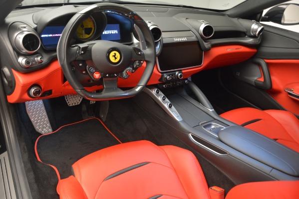 Used 2018 Ferrari GTC4LussoT V8 for sale $215,900 at Alfa Romeo of Greenwich in Greenwich CT 06830 14