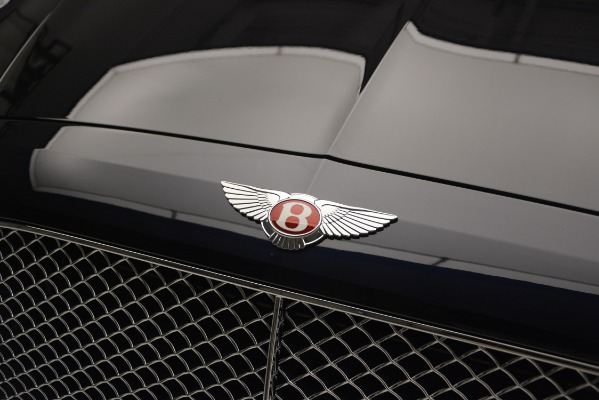 New 2018 Bentley Flying Spur V8 for sale Sold at Alfa Romeo of Greenwich in Greenwich CT 06830 14