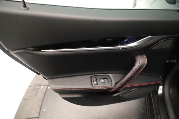Used 2019 Maserati Ghibli S Q4 GranSport for sale $64,900 at Alfa Romeo of Greenwich in Greenwich CT 06830 21