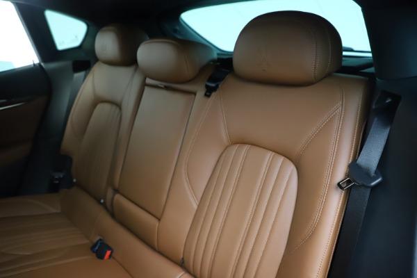 Used 2019 Maserati Levante Q4 GranLusso for sale Sold at Alfa Romeo of Greenwich in Greenwich CT 06830 18