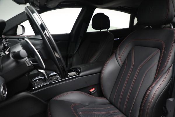 Used 2019 Maserati Quattroporte S Q4 GranLusso for sale $69,900 at Alfa Romeo of Greenwich in Greenwich CT 06830 16