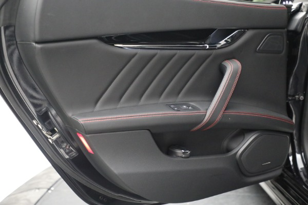 Used 2019 Maserati Quattroporte S Q4 GranLusso for sale $69,900 at Alfa Romeo of Greenwich in Greenwich CT 06830 25
