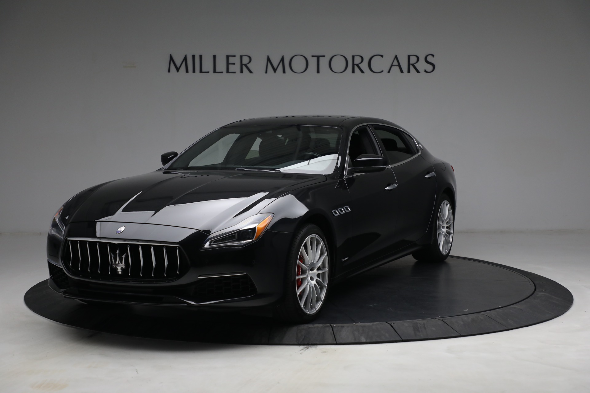 Used 2019 Maserati Quattroporte S Q4 GranLusso for sale $69,900 at Alfa Romeo of Greenwich in Greenwich CT 06830 1