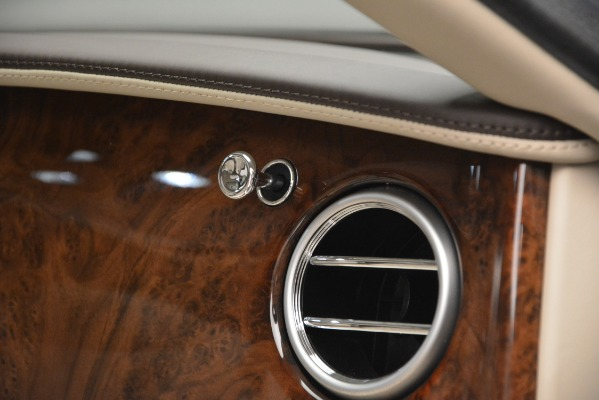 Used 2014 Bentley Flying Spur W12 for sale Sold at Alfa Romeo of Greenwich in Greenwich CT 06830 23