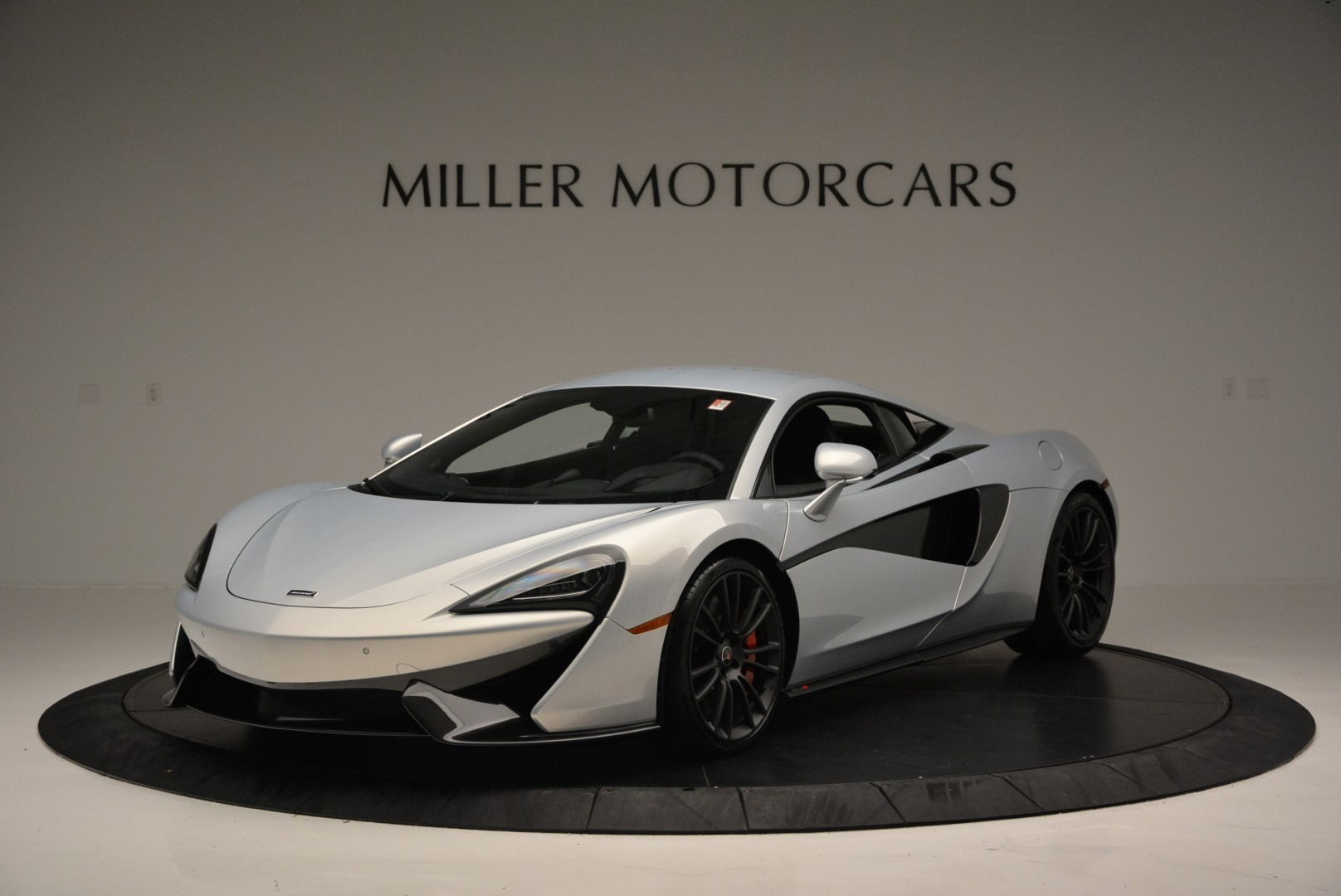 Used 2017 McLaren 570S for sale $149,900 at Alfa Romeo of Greenwich in Greenwich CT 06830 1