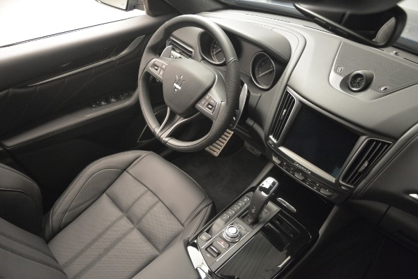 New 2019 Maserati Levante Q4 GranSport for sale Sold at Alfa Romeo of Greenwich in Greenwich CT 06830 25