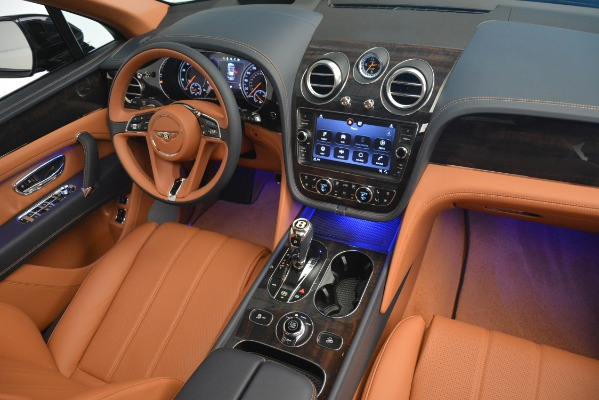 New 2019 Bentley Bentayga V8 for sale Sold at Alfa Romeo of Greenwich in Greenwich CT 06830 25