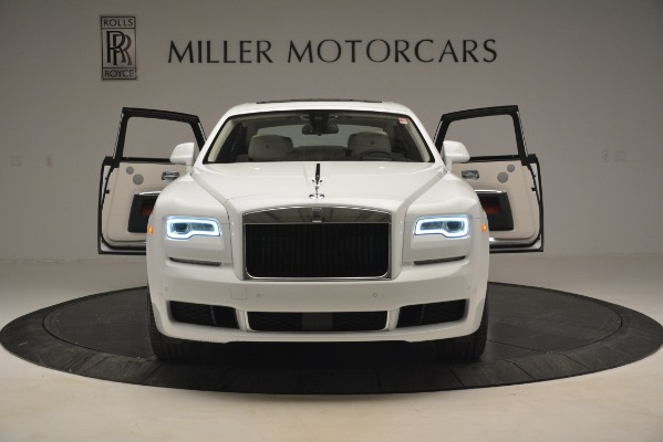 Used 2019 Rolls-Royce Ghost for sale $299,900 at Alfa Romeo of Greenwich in Greenwich CT 06830 10
