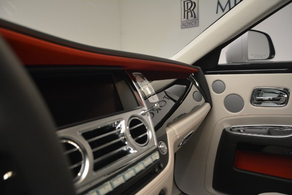 Used 2019 Rolls-Royce Ghost for sale $299,900 at Alfa Romeo of Greenwich in Greenwich CT 06830 17