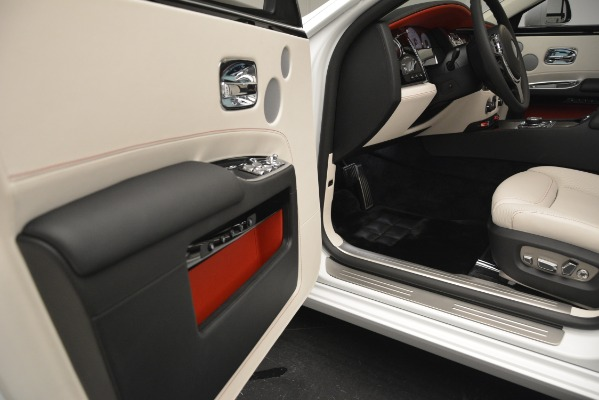 Used 2019 Rolls-Royce Ghost for sale $299,900 at Alfa Romeo of Greenwich in Greenwich CT 06830 18