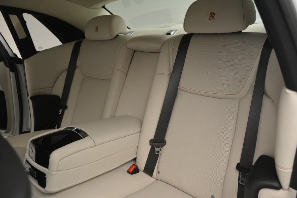 Used 2019 Rolls-Royce Ghost for sale $299,900 at Alfa Romeo of Greenwich in Greenwich CT 06830 21
