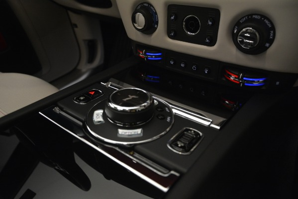 Used 2019 Rolls-Royce Ghost for sale $299,900 at Alfa Romeo of Greenwich in Greenwich CT 06830 23