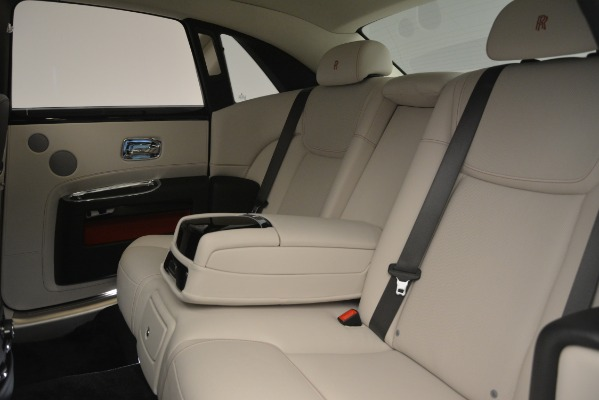 Used 2019 Rolls-Royce Ghost for sale $299,900 at Alfa Romeo of Greenwich in Greenwich CT 06830 26