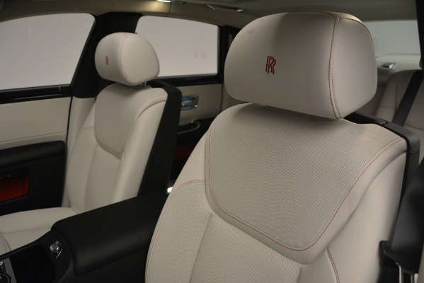 Used 2019 Rolls-Royce Ghost for sale $299,900 at Alfa Romeo of Greenwich in Greenwich CT 06830 27