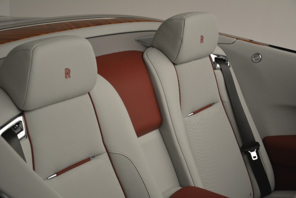 New 2019 Rolls-Royce Dawn for sale $422,325 at Alfa Romeo of Greenwich in Greenwich CT 06830 28