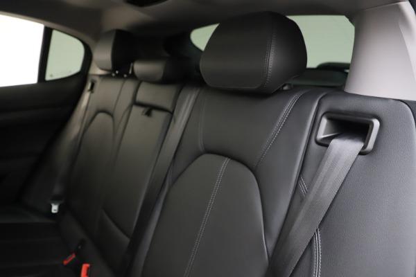 Used 2019 Alfa Romeo Stelvio Q4 for sale Sold at Alfa Romeo of Greenwich in Greenwich CT 06830 18