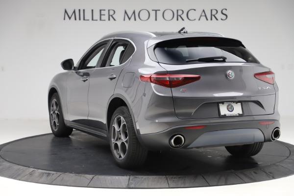 Used 2019 Alfa Romeo Stelvio Q4 for sale Sold at Alfa Romeo of Greenwich in Greenwich CT 06830 5