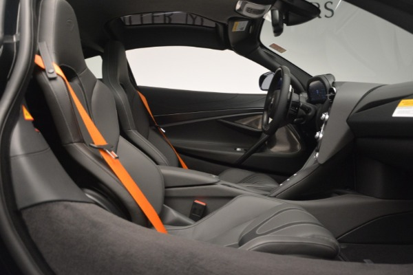 New 2019 McLaren 720S Coupe for sale Sold at Alfa Romeo of Greenwich in Greenwich CT 06830 21