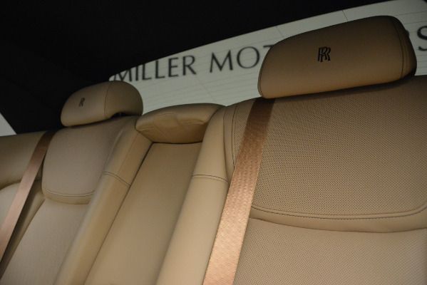 Used 2018 Rolls-Royce Ghost for sale Sold at Alfa Romeo of Greenwich in Greenwich CT 06830 20