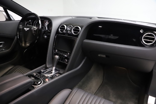 Used 2016 Bentley Continental GT W12 for sale Sold at Alfa Romeo of Greenwich in Greenwich CT 06830 18
