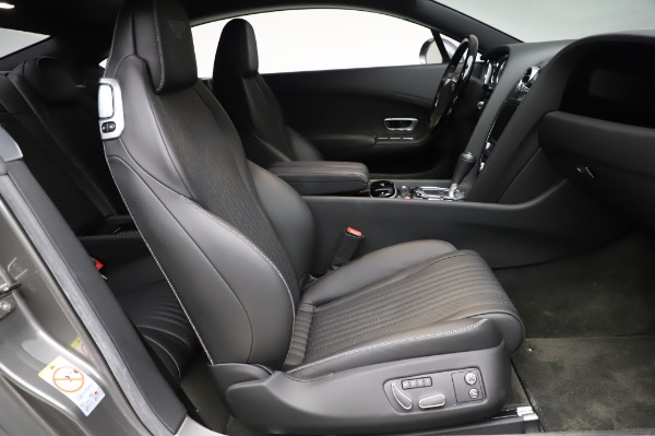 Used 2016 Bentley Continental GT W12 for sale Sold at Alfa Romeo of Greenwich in Greenwich CT 06830 19