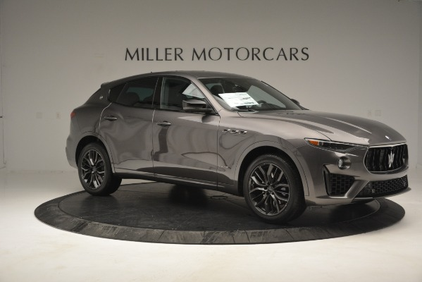New 2019 Maserati Levante Q4 GranSport for sale Sold at Alfa Romeo of Greenwich in Greenwich CT 06830 17