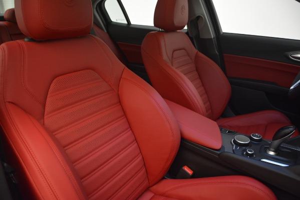 New 2019 Alfa Romeo Giulia Ti Sport Q4 for sale Sold at Alfa Romeo of Greenwich in Greenwich CT 06830 21