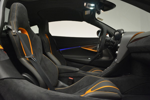 Used 2018 McLaren 720S Coupe for sale Sold at Alfa Romeo of Greenwich in Greenwich CT 06830 21